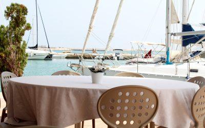 Disfruta de vistas al mar en nuestro restaurante en Dénia